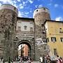 Palazzo della Stufa - Apartments for rent in Lucca