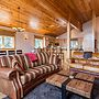 Sprawling Ski Chalet in Tahoe Donner by RedAwning
