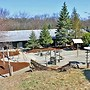 Cowboy Creek Lodge
