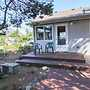 Nelscott Flat - 3 Br home by RedAwning