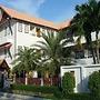 Baan Phulita Resort