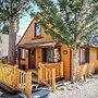 Cinnamon Bear - 2 Br cabin by RedAwning