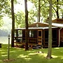 Stone Manor`s River Front - 2 Br cabin