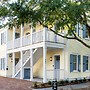 The Palmetto House Inn