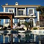 House With 4 Bedrooms in Aspe, Billiards, Chess, Bar, Cinema Room, and