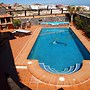 House With 5 Rooms in Granadilla With Wonderful Mountain View, Private