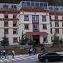 Dali Yilong Binhai Hotel