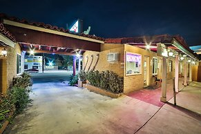 Hotel El Patio Inn, Studio City, United States Of America   Lowest Rate  Guaranteed!