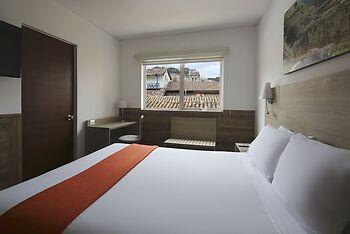 Hotel casa andina standard cusco plaza cusco per for Casa andina classic cusco plaza cusco