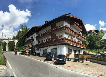 Recensioni hotel meubl villa neve cortina d 39 ampezzo for Hotel meuble nice