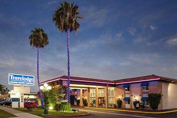 Travelodge by Wyndham Orange County Airport/ Costa Mesa