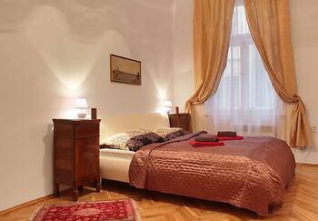 Bohemia Antique Apartment