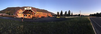 Western Inn-Glacier Park