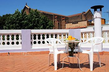 Barcelona Nice & Cozy Guest House