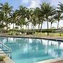 Holiday Inn Miami Beach - Oceanfront, an IHG Hotel