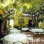 Secret Garden Inn and Cottages