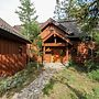 Discovery Chalet 256 3 Bedrooms 3.5 Bathrooms Chalet by Redawning