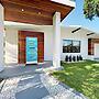 1656 Blue Heron Drive Home 4 Bedrooms 3.5 Bathrooms Home
