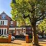 Mapesbury Lodge