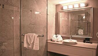 Hamilton Plaza Hotel & Conference Center, Hamilton, Canada
