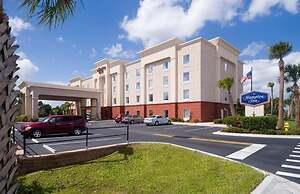 hotel near kennedy space center