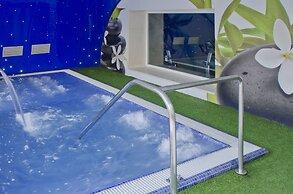 Hotel Ght Oasis Park Spa Lloret De Mar Spain Lowest Rate Guaranteed