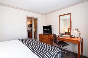 Sandman Hotel & Suites Winnipeg Airport, Winnipeg, Canada