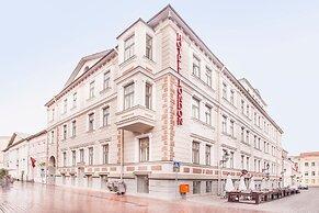 Hotelli Hotel London By Tartuhotels Tartto Viro Paras Hinta Taattu