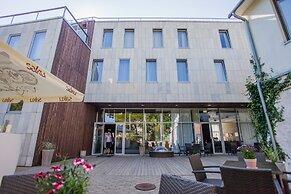Hotelli Johan Spa Hotel Kuressaare Viro Paras Hinta Taattu