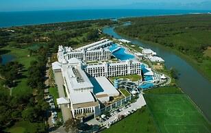 Hotel Titanic Deluxe Golf Belek Belek Tyrkiet Laveste Pris