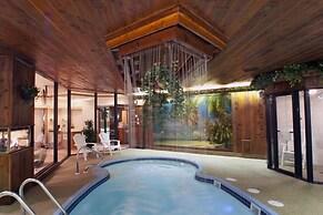 Sybaris Pool Suites Mequon