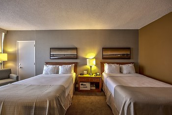 Best Western Montreal Aeroport - Airport Hotel