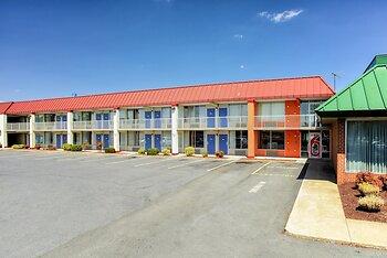 Motel 6 MT. Jackson - Shenandoah