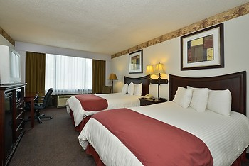 Lamplighter Inn and Suites