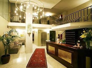 Hotel Caledonian