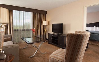 Embassy Suites Hotel Nashville - Airport
