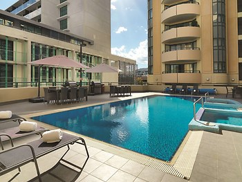 Hotel Adina Serviced Apartments Canberra James Court ...