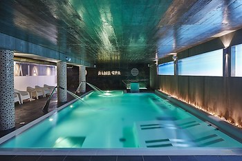 Hotel Alcazar Beach & SPA