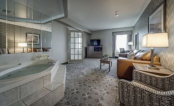 Monte Carlo Inn Toronto - Markham