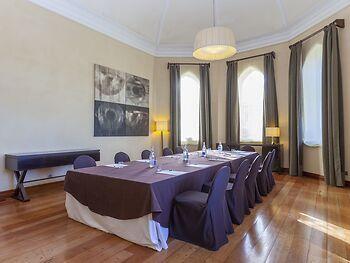 URH Palacio de Oriol Hotel