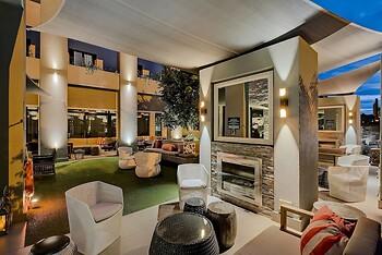 Protea Hotel Fire & Ice by Marriott Pretoria Menlyn