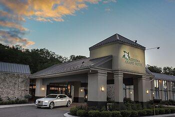 Altoona Grand Hotel & Conference Center