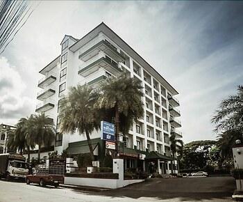 Maneerote Hotel Surin