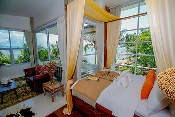 Summer Luxury Beach Resort and Spa