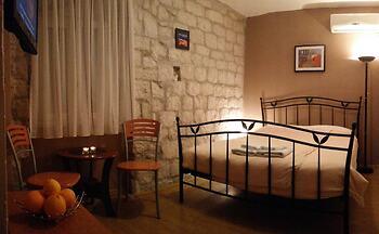 Carol Rooms