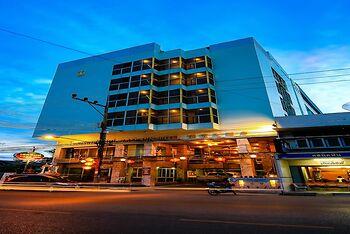 Lake Inn Hotel