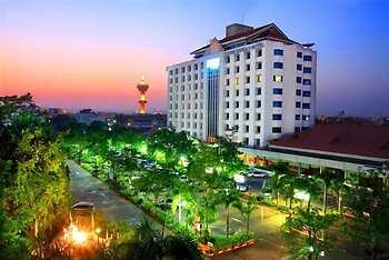 Khumsuphan Hotel
