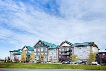 Sandman Hotels & Suites Calgary West