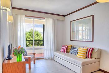 Luamar Aparthotel