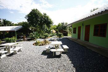 Areeya Resort